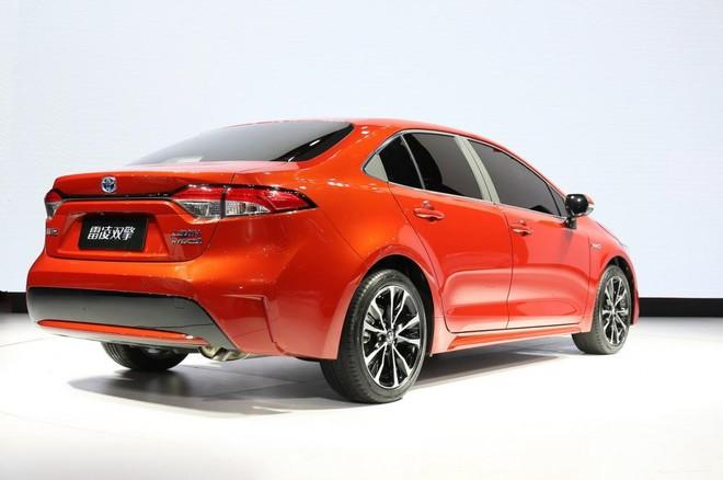 Thiết kế đuôi xe của Toyota Levin 2019 có nhiều nét giống Corolla Sedan 2020
