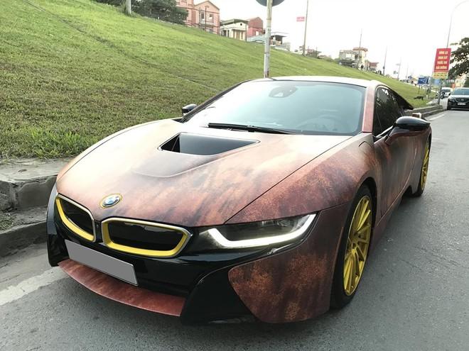 Chiếc BMW i8 này vẫn không có gì thay đổi ở hệ truyền động
