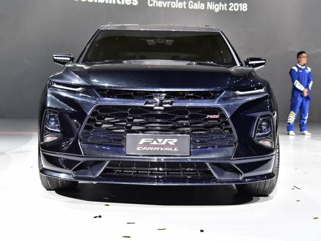 Thiết kế đầu xe hầm hố của Chevrolet FNR-CarryAll