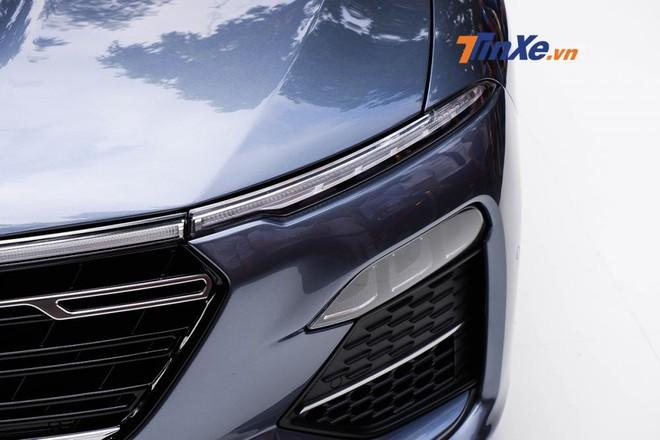 VinFast LUX A2.0 - Sedan cỡ trung của người Việt ra mắt thị trường nội địa, giá 800 triệu đồng