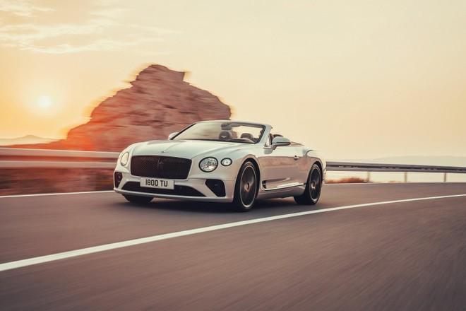 Bentley Continental GT Convertible 2020 chưa được công bố giá