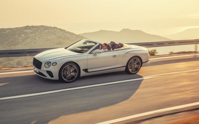 Bentley Continental GT Convertible 2020 chính thức trình làng