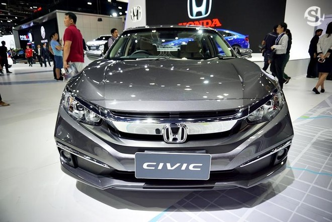 Honda Civic 2019 màu xám Modern Steel Metallic