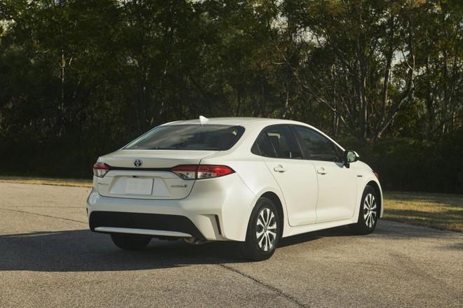 Mẫu xe hybrid sẽ được trang bị mọi công nghệ mới nhất của Toyota