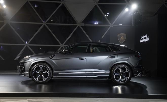 Lamborghini Urus tại Thái được chào bán 23.42 triệu Baht, tương đương 16,6 tỷ đồng