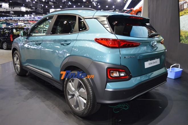 Hyundai Kona Electric có phiên bản tiêu chuẩn và cao cấp