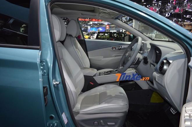 Ghế trước có thể chỉnh điện 8 hướng, sưởi ấm và thoáng khí