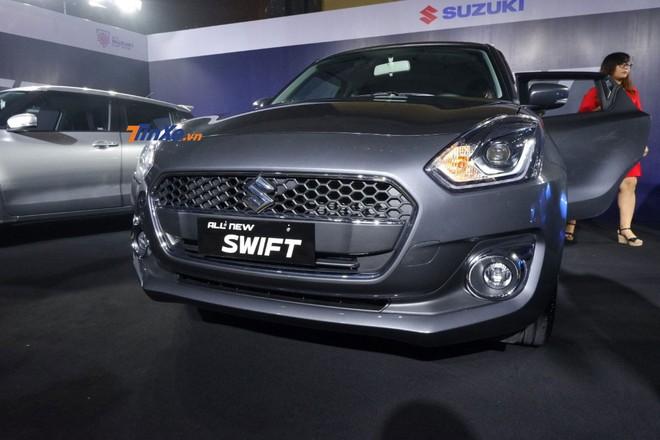 Cận cảnh thiết kế đầu xe của Suzuki Swift 2018