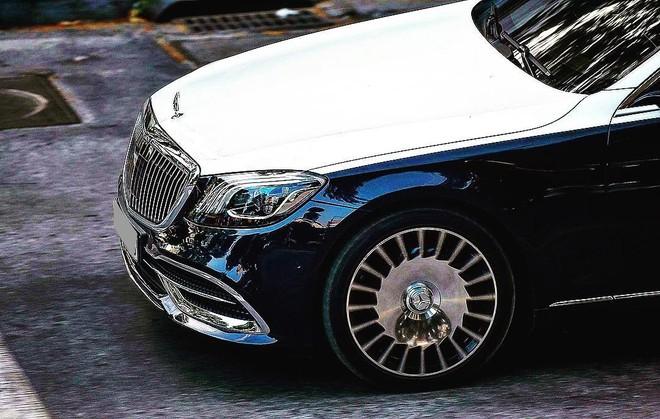Cận cảnh bộ áo 2 màu cực độc của Mercedes-Maybach S560 4 Matic hơn 11 tỷ đồng thuộc sở hữu Bảo Hưng