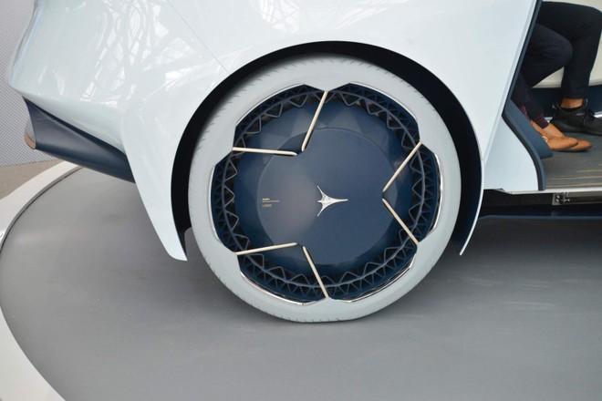Bánh xe độc nhất vô nhị của Icona Nucleus