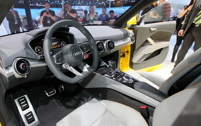 Nội thất bên trong Audi TT Offroad Concept