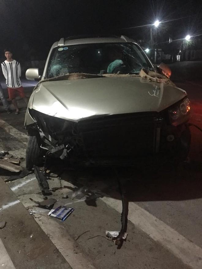 Thiệt hại cho chiếc Hyundai Santa Fe khá nặng
