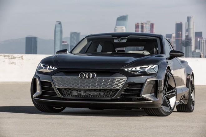 Audi e-tron GT ra mắt ở Triển lãm Ô tô Los Angeles 2018