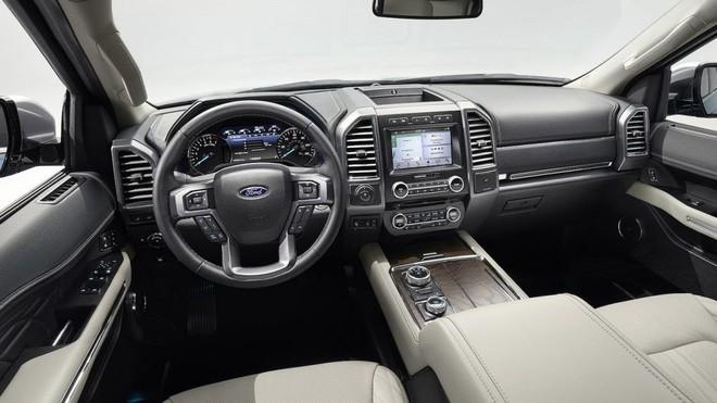 Nội thất của Ford Explorer phiên bản hiện tại