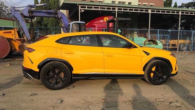 Lamborghini Urus đầu tiên do công ty nhập khẩu tư nhân đưa về nước