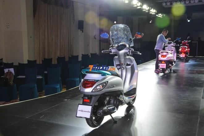 Hàng loạt thay đổi và trang bị thêm đã được hãng Yamaha đưa vào Grande Hybrid bản kỷ niệm 20 năm