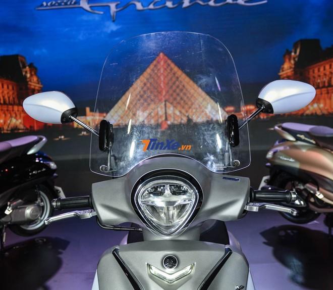 Đèn pha LED 2 tầng trên Yamaha Grande Hybrid