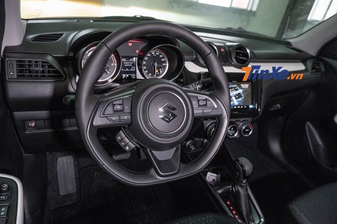 Chênh nhau 50 tri?u d?ng, 2 phiên b?n c?a Suzuki Swift 2018 có gì khác bi?t?