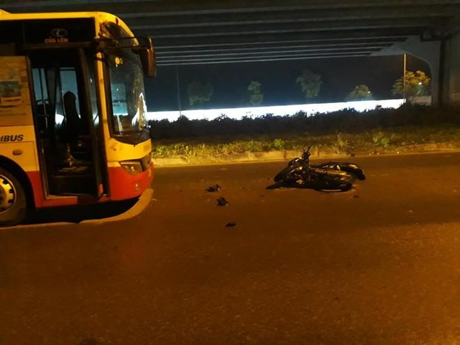 Hiện trường vụ tai nạn trên đường Nghiêm Xuân Yêm