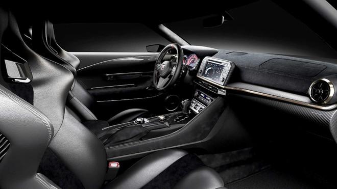 Nội thất bên trong Nissan GT-R50