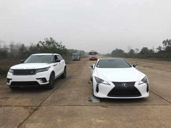 Coupe hạng sang Lexus LC 500h đầu tiên tại Việt Nam