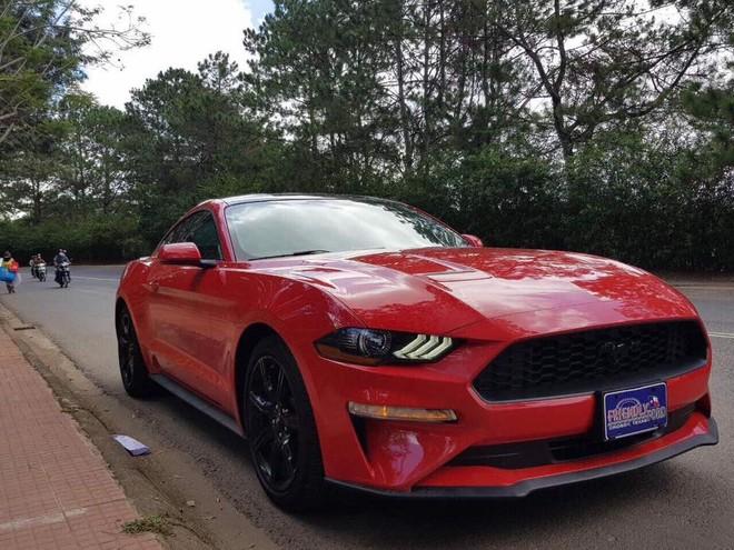 Ford Mustang đời 2018 đầu tiên về Việt Nam