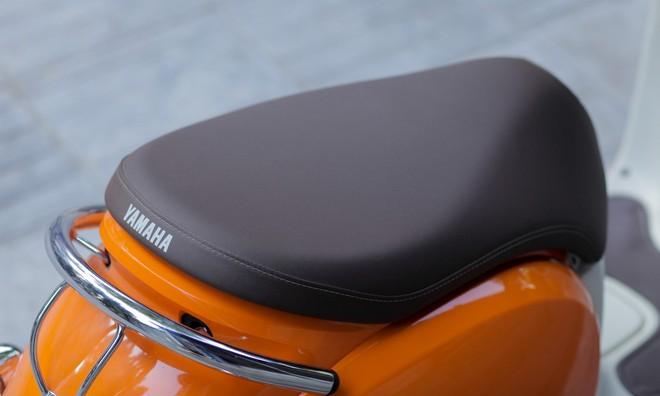 Tay xách sau của Yamaha Vino