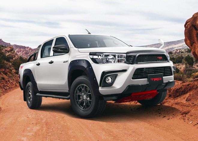 Một phiên bản bán tải Hilux khác được Toyota công bố bằng hình ảnh