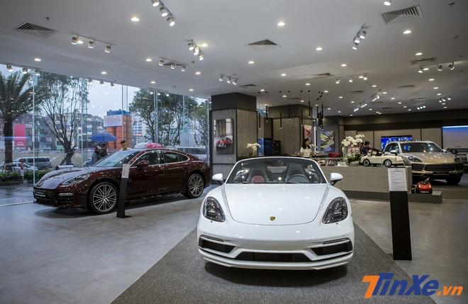 Không gian trưng bày mới của Porsche dành cho những khách hàng yêu mến thương hiệu xe thể thao hạng