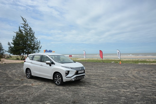Mitsubishi Xpander được nhập khẩu từ Indonesia với mức giá là 550 triệu và 620 triệu đồng cho 2 phiên bản