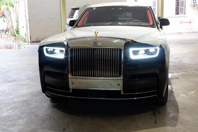 Vẻ đẹp của Rolls-Royce Phantom thế hệ thứ 8 đang khiến đại gia Việt thèm khát