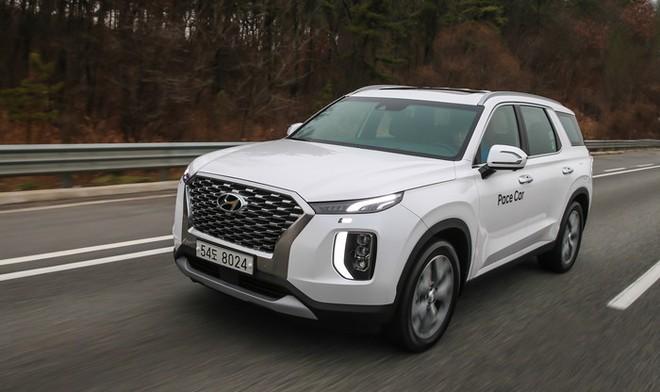 Hyundai Palisade 2020 có kích thước lớn hơn nhiều so với Santa Fe XL