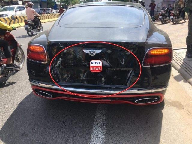 Nên đã tông thẳng vào đuôi xe chiếc Bentley Continental GT W12 2016