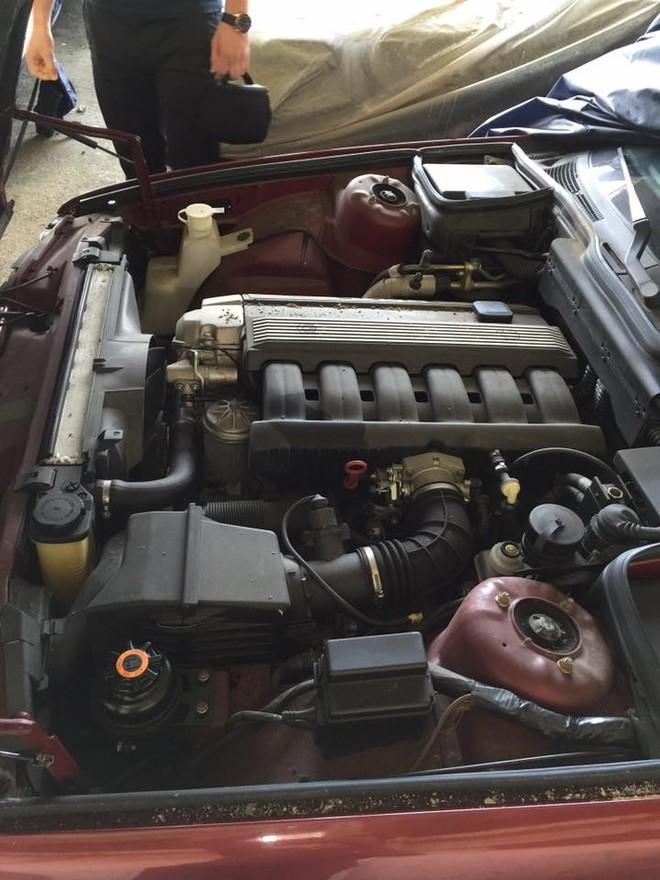 Động cơ xe vẫn được thay dầu thường xuyên
