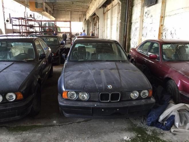 Những chiếc BMW 5-Series này có thể được bán đấu giá