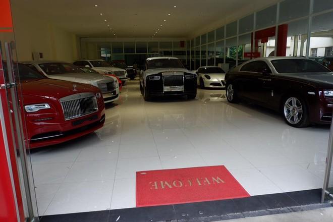 Khám phá showroom toàn xe Rolls-Royce tại Campuchia khiến không ít nhà giàu Việt thèm khát