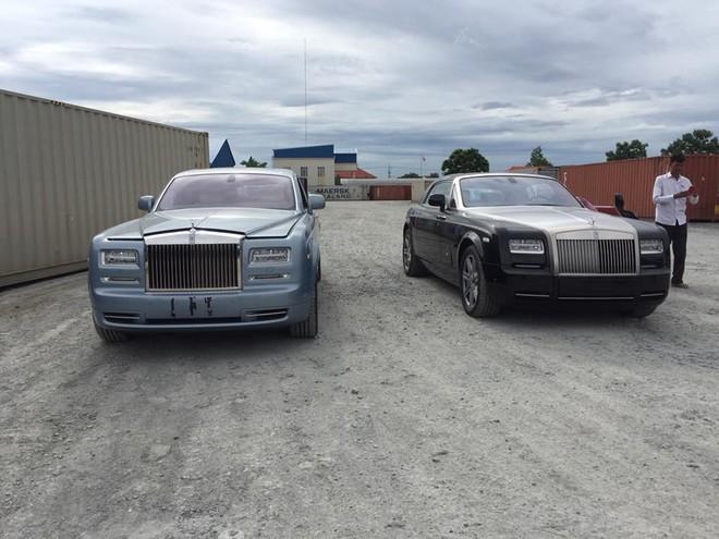 Rolls-Royce Phantom Series II và kế bên là Rolls-Royce Phantom Coupe Series II