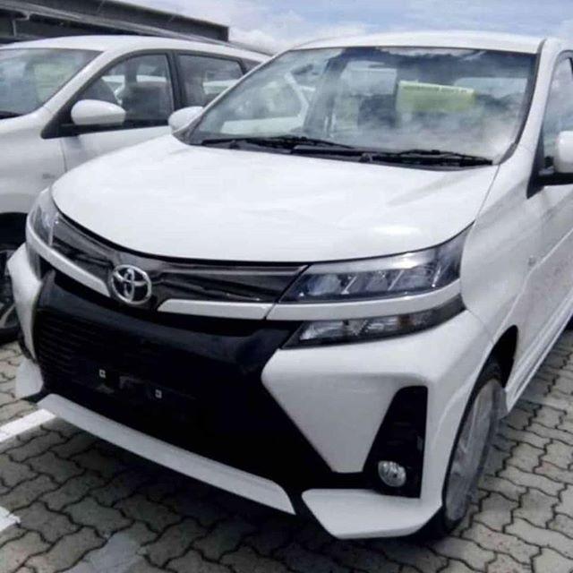 Toyota Avanza 2019 được trang bị cụm đèn pha chia đôi thành 2 tầng