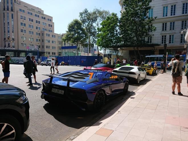 5 chiếc siêu xe này có tổng trị giá hơn 120 tỷ đồng