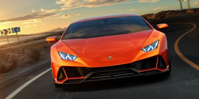 Cận cảnh thiết kế đầu xe của Lamborghini Huracan EVO 2020