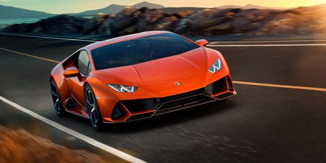 Lamborghini Huracan EVO 2020 có thời gian tăng tốc nhanh hơn trước