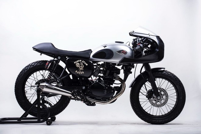 Kawasaki W175 là chiếc xe côn tay cổ điển cỡ nhỏ được khá nhiều người yêu thích và độ lên Cafe Racer