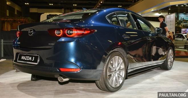 Mazda3 2019 có kích thước lớn hơn trước