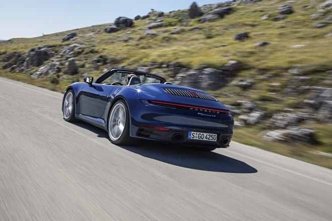 Porsche 911 Cabriolet 2020 có phong cách tương tự bản Coupe