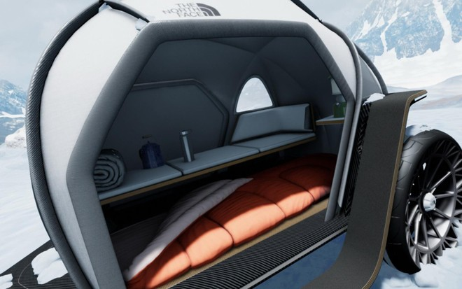 Điểm độc đáo nhất của mẫu xe cắm trại này là sử dụng một dạng chất liệu vải vừa thoáng khí lại vừa chống nước
