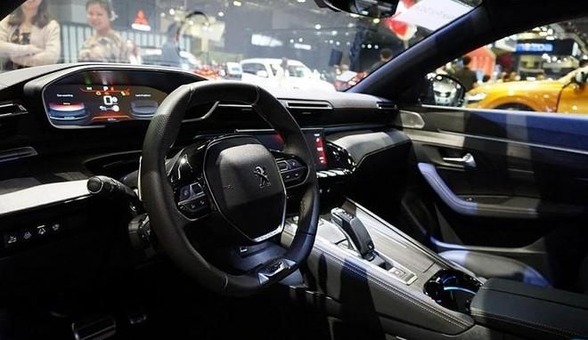 Nội thất bên trong Peugeot 508 2019