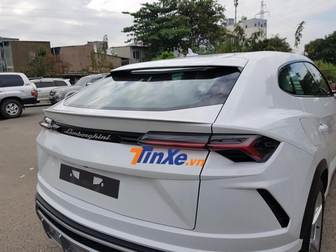 Lamborghini Urus của Minh Nhựa hiện là chiếc SUV nhanh nhất thế giới