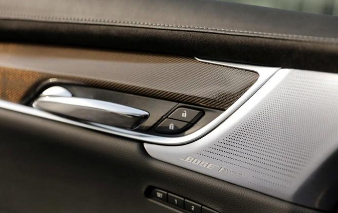 Hệ thống âm thanh 14 loa cao cấp bên trong Cadillac XT6 2020