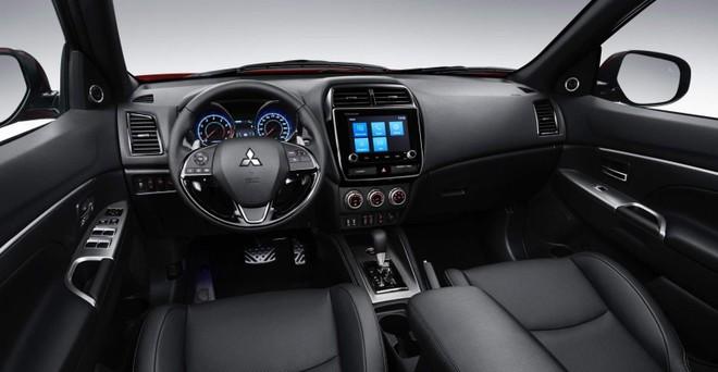 Nội thất bên trong Mitsubishi Outlander Sport 2020