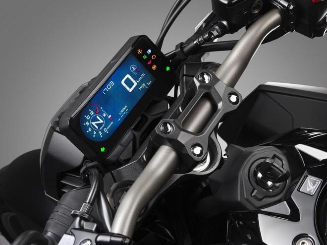 Đồng hồ xe là màn hình TFT